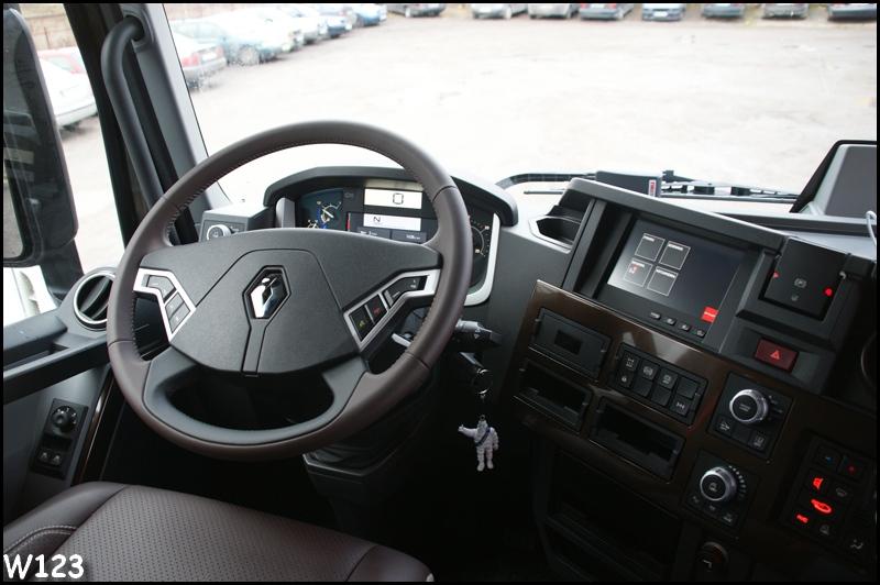 Renault range d c k t 2013 truck for Renault range t interieur